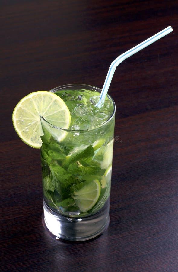 Cocktail alcolico cubano immagine stock libera da diritti