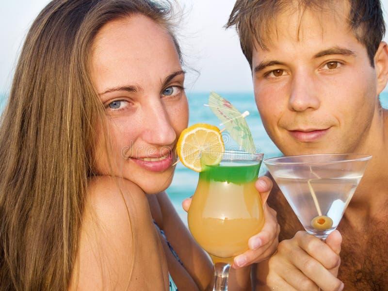 Cocktail alla spiaggia immagini stock libere da diritti