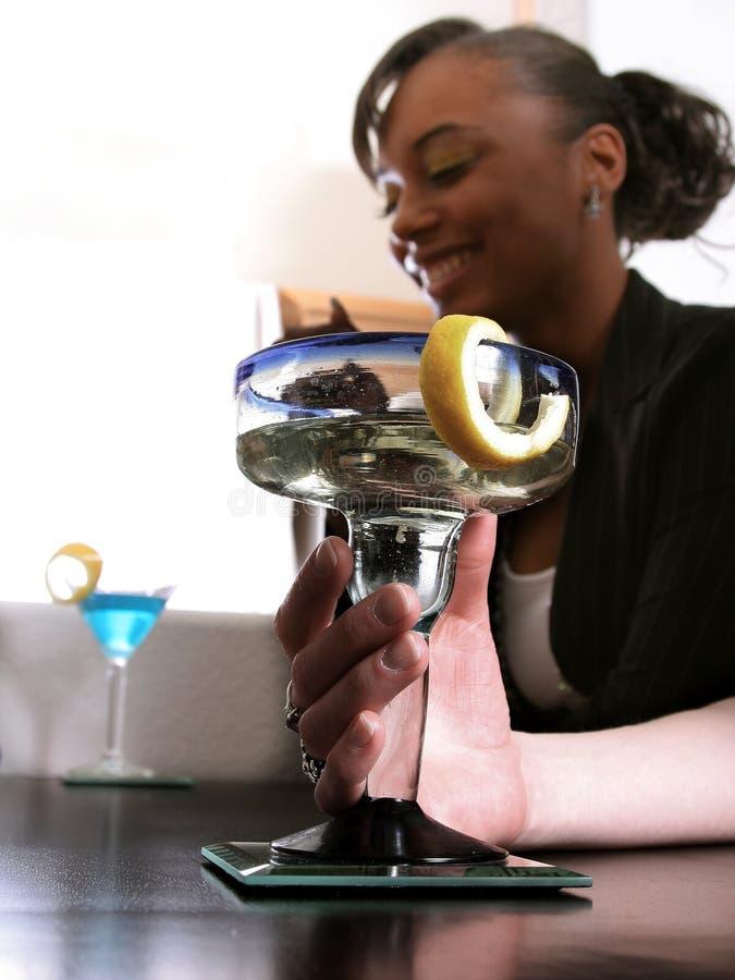 Cocktail após o trabalho imagens de stock