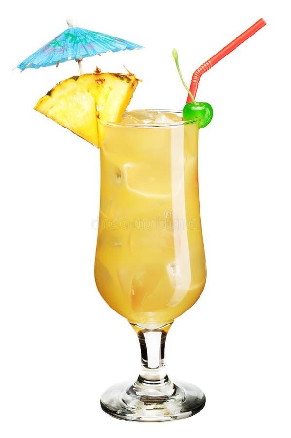 Cocktail avec le parapluie photographie stock