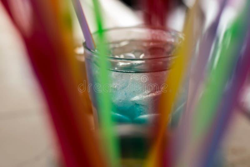 Cocktail bleu photographie stock