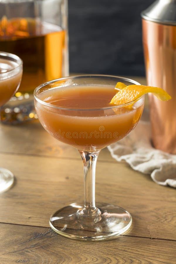 Cocktail caseiro de Smokey Blood e da areia imagem de stock
