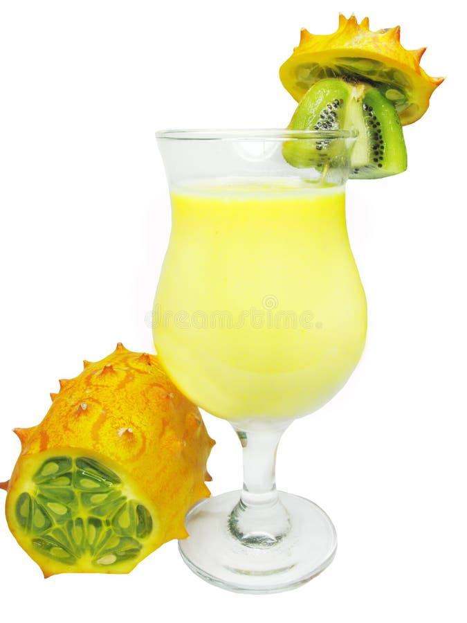 Download Cocktail Com Fruta Do Kiwano Foto de Stock - Imagem de comer, gourmet: 12804984