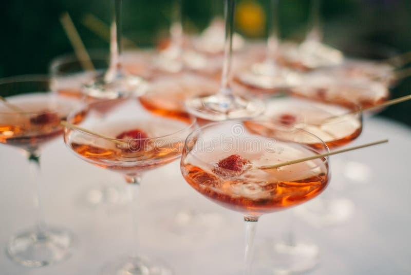 Cocktail de fraise de Champagne photo libre de droits