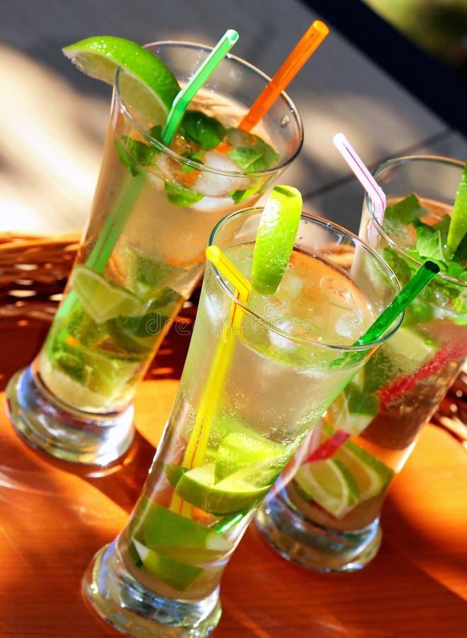 Cocktail de Mojito foto de stock royalty free