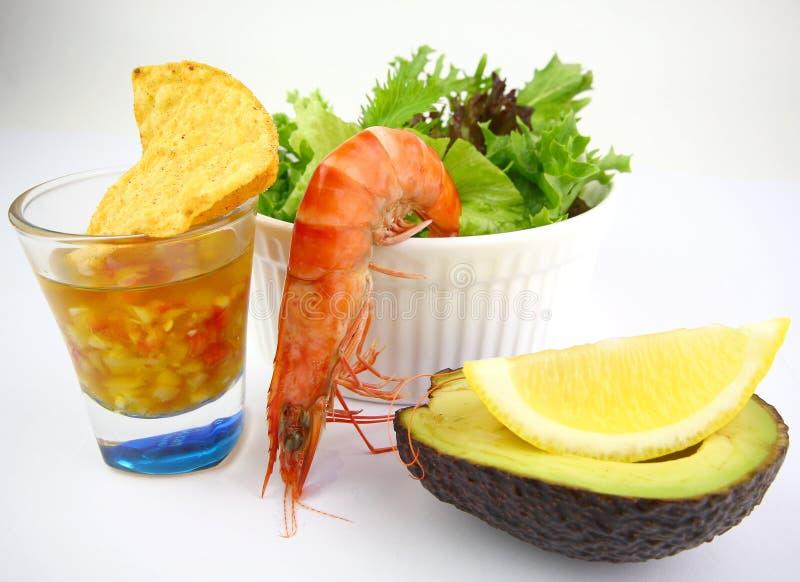 Cocktail de salade de crevette rose photos stock