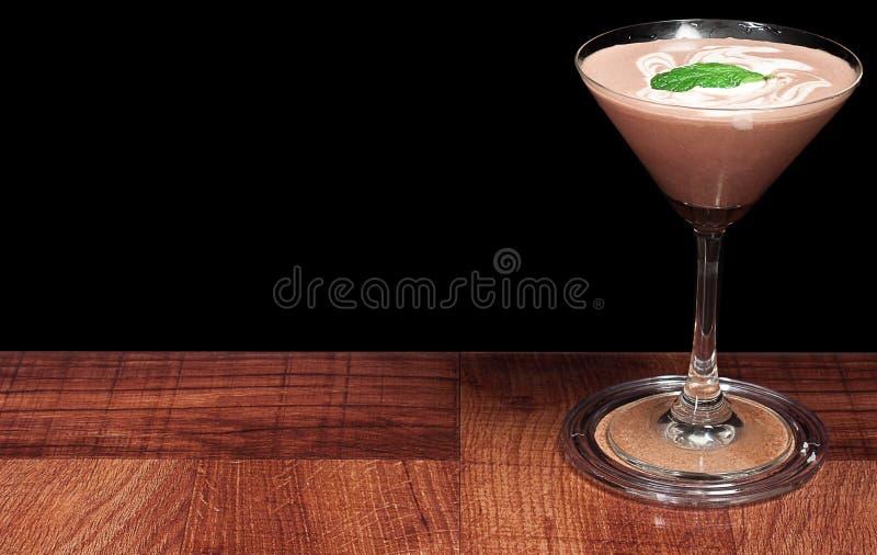 Cocktail del cioccolato con la menta fresca immagine stock libera da diritti