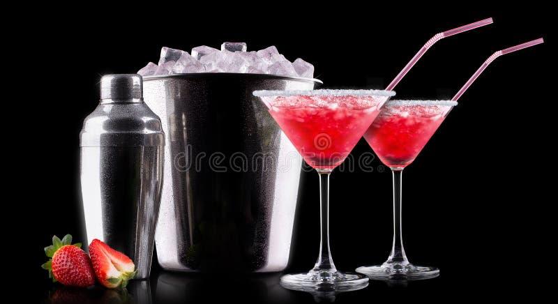Cocktail del dispositivo di raffreddamento della bacca sul nero fotografia stock libera da diritti