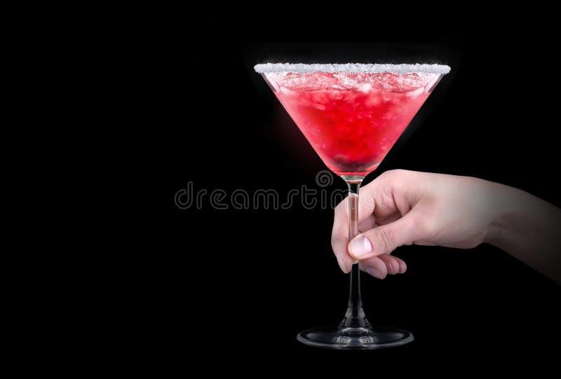 Cocktail del dispositivo di raffreddamento della bacca sul nero fotografie stock libere da diritti