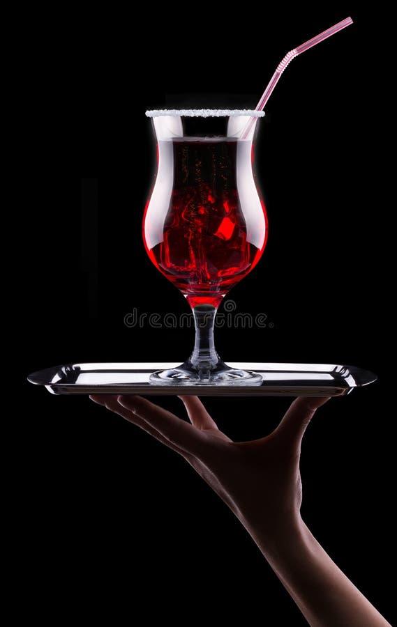 Cocktail del dispositivo di raffreddamento della bacca sul nero immagine stock