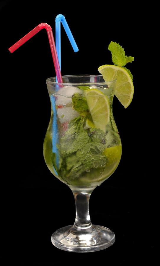 Cocktail di Mojito con calce immagine stock libera da diritti