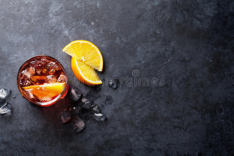 Cocktail di Negroni immagini stock