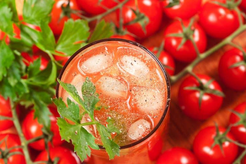 Cocktail do álcool de mary do sangue (vista superior) fotos de stock