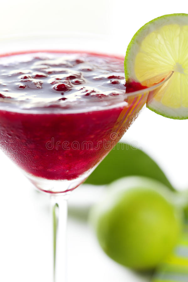 Cocktail do daiquiri da framboesa imagem de stock