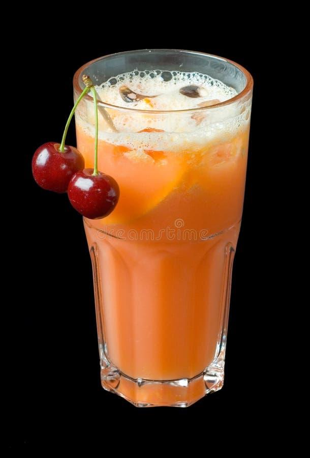 Cocktail do suco de cenoura fotografia de stock royalty free