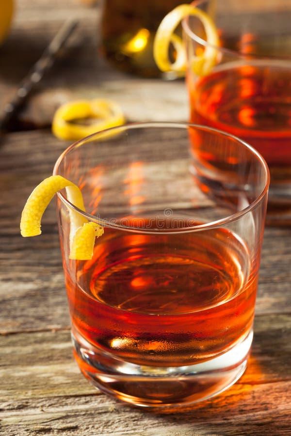 Cocktail fait maison de la Nouvelle-Orléans Sazerac photographie stock