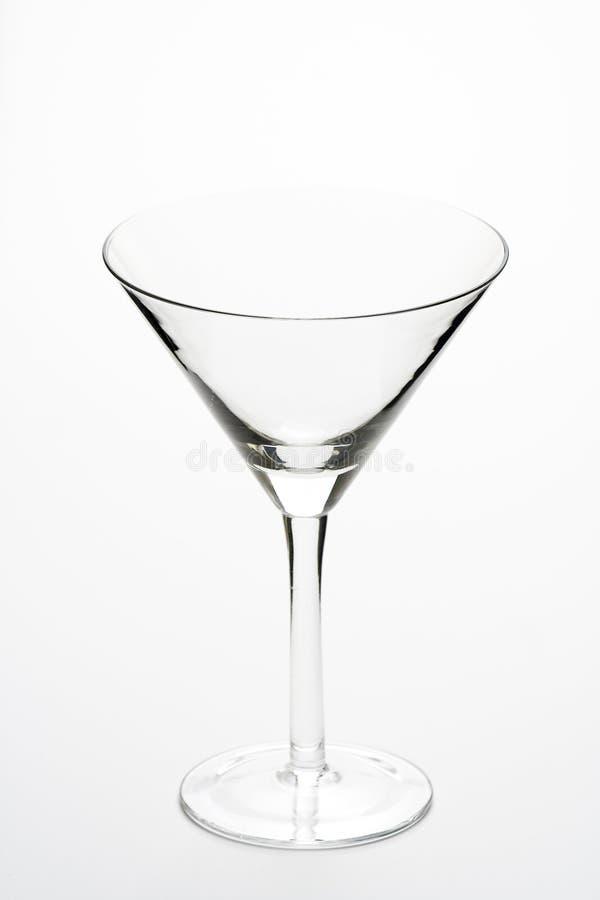 Cocktail freddo di vetro del martini isolato immagine stock