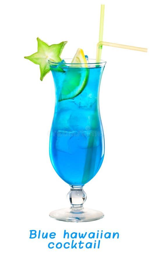 Cocktail hawaïen bleu froid savoureux frais tropical dans un verre avec photographie stock