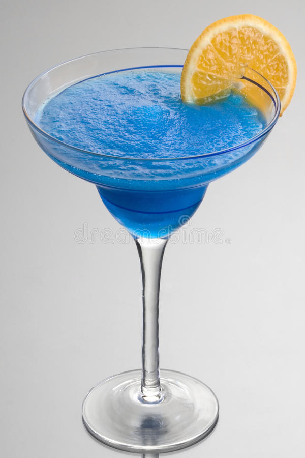 Cocktail hawaiano blu immagine stock