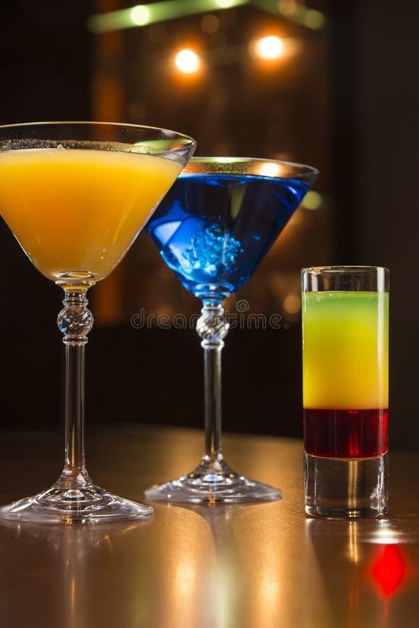 Cocktail no café imagens de stock royalty free