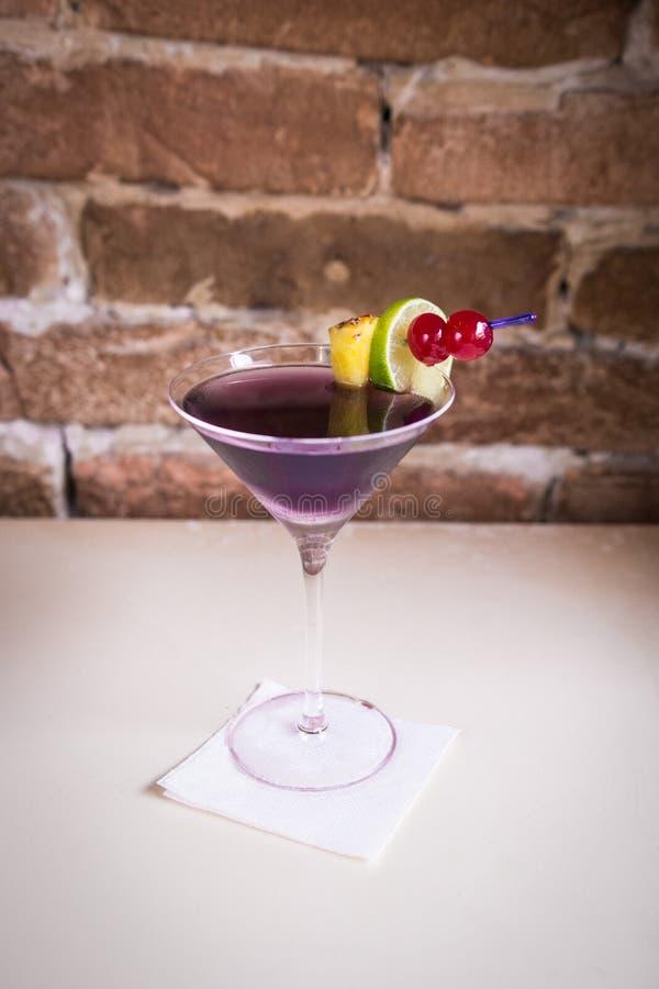 Cocktail pourpré photo stock