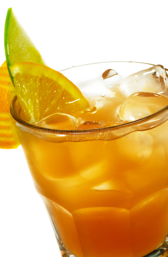 Cocktail - spremuta di pompelmo con alcool immagini stock libere da diritti