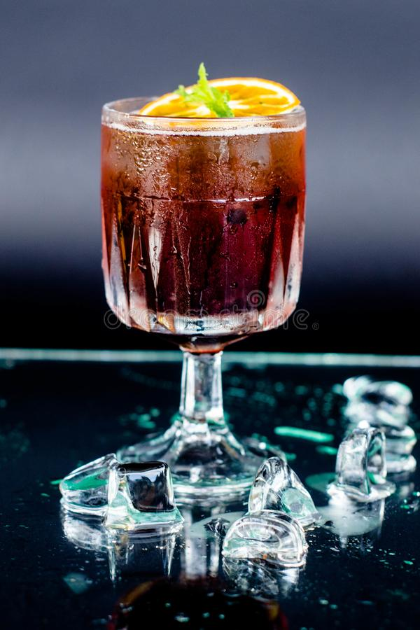 Cocktail Spritz lizenzfreie stockfotografie