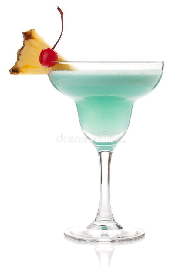 Cocktail tropical azul com creme fotos de stock