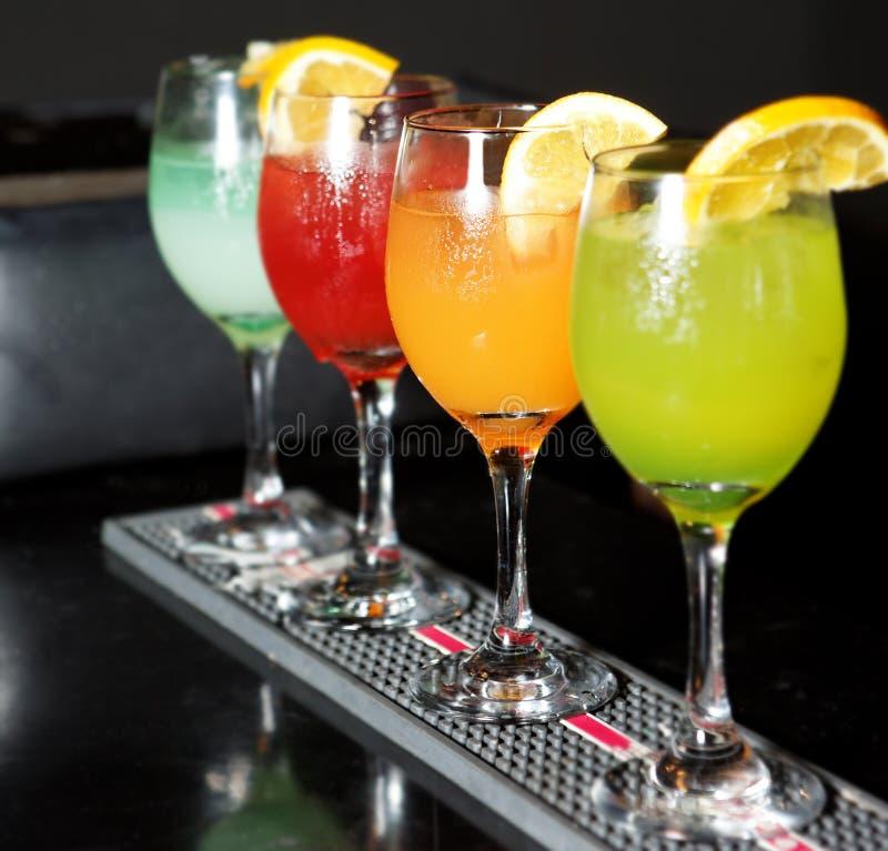 Cocktail variopinti fotografie stock