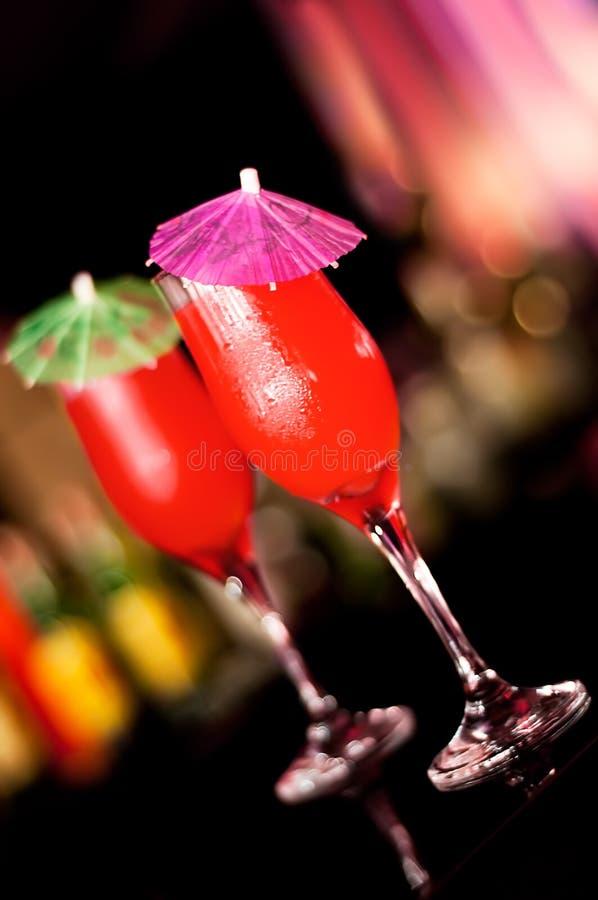 Cocktail vermelhos imagens de stock royalty free