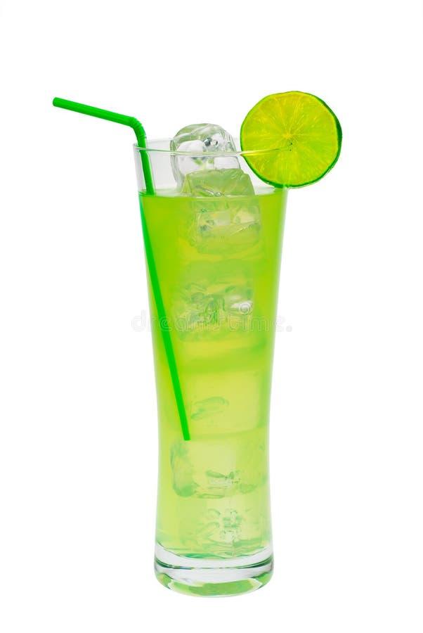 Cocktail vert avec la limette images libres de droits