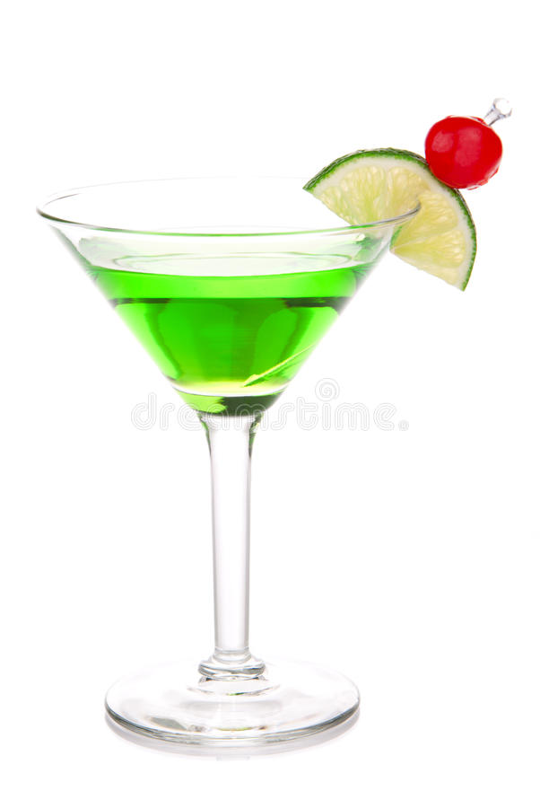 Cocktail vert de martini de bille de melon avec la vodka photo stock