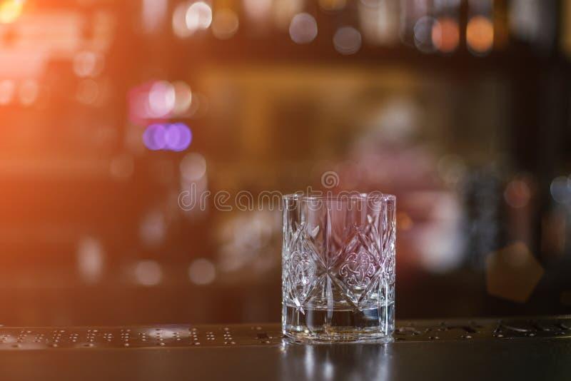 Coctail antiquato del whiskey fotografia stock libera da diritti