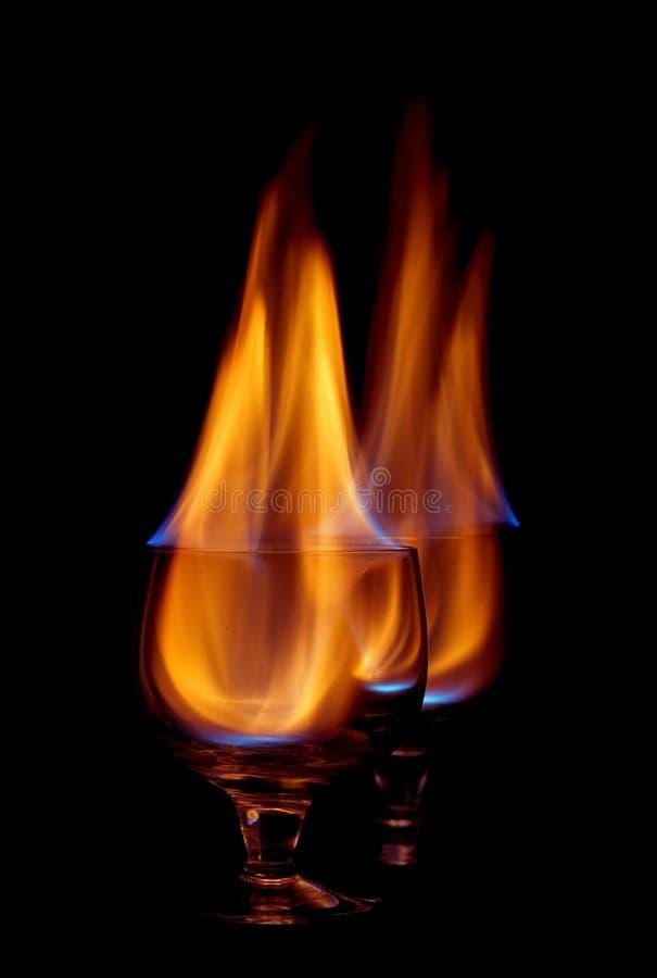 Download Coctail del fuoco fotografia stock. Immagine di vetro - 7302248