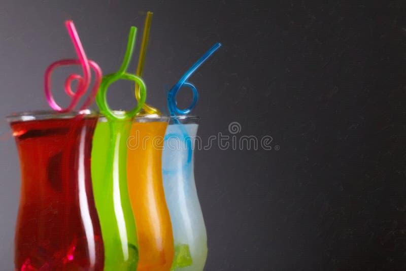 Coctails colorés avec la paille, été image libre de droits