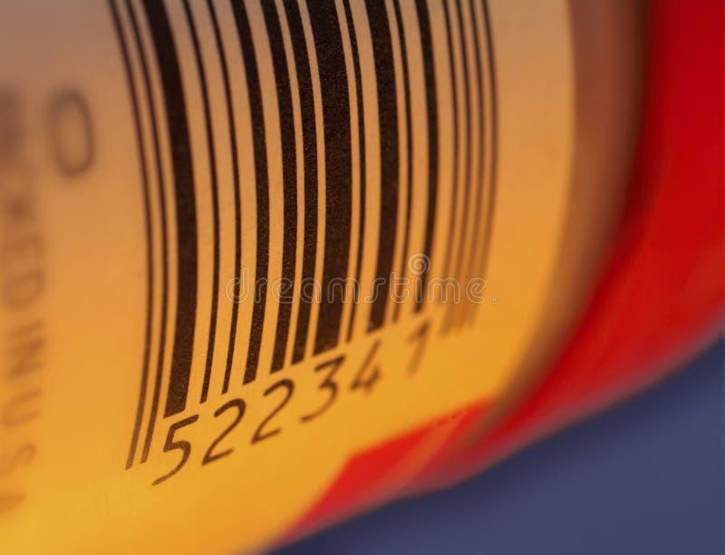 Codice a barre su un contrassegno del pacchetto immagini stock libere da diritti