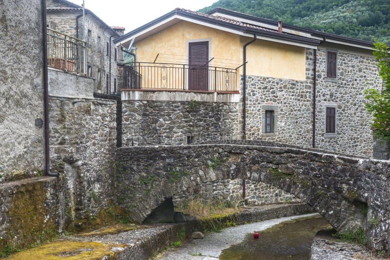 Codiponte, vecchio villaggio in Toscana fotografia stock libera da diritti