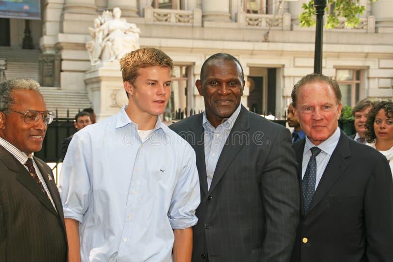 Cody Gifford, Karl-Querneigungen und Frank Gifford lizenzfreies stockfoto