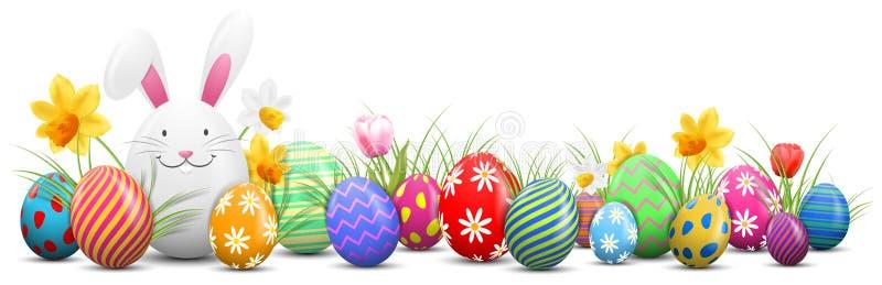 Coelhinho da Páscoa com ovos da páscoa pintados e as flores isolados ilustração royalty free