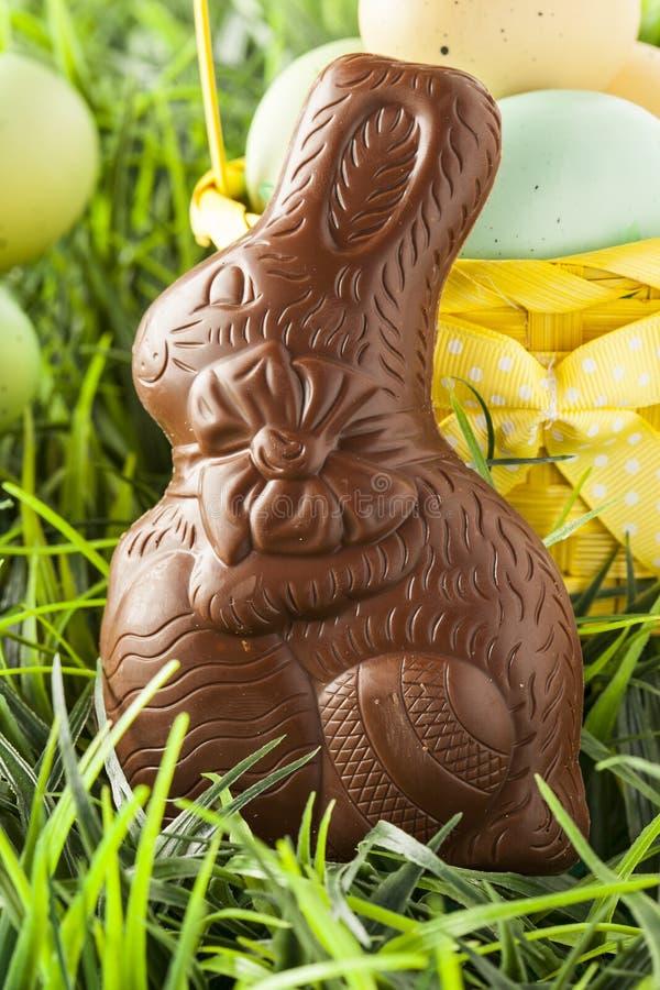 Coelhinho da Páscoa festivo do chocolate fotos de stock royalty free