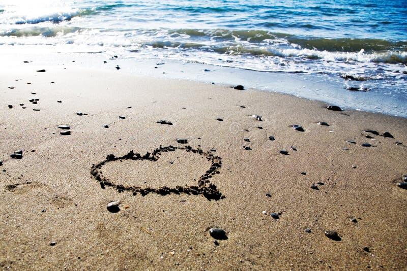 Coeur à la plage photo libre de droits