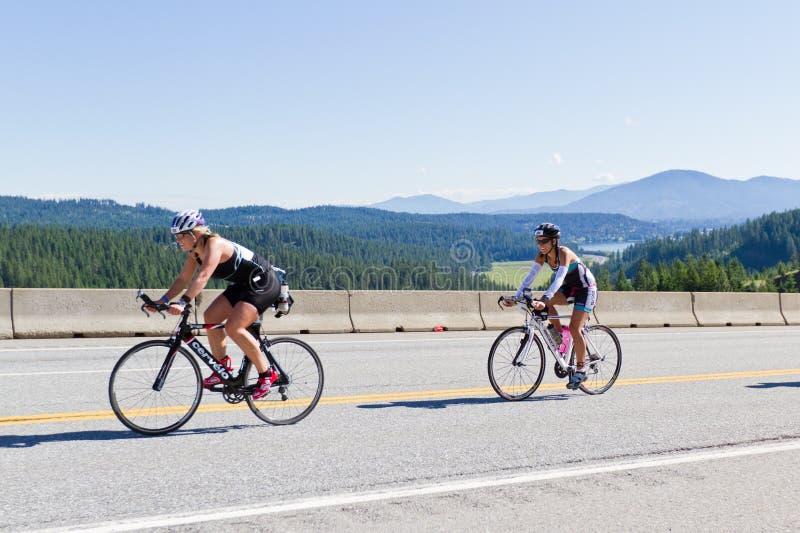 Coeur d Alene Ironman kolarstwa wydarzenie obraz stock