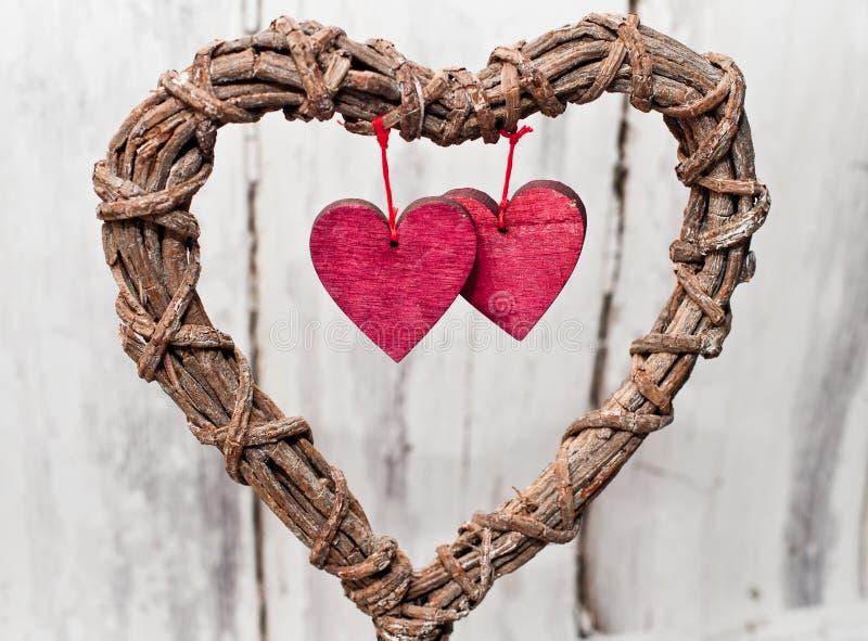 Coeur d'osier de cru de décoration photographie stock libre de droits