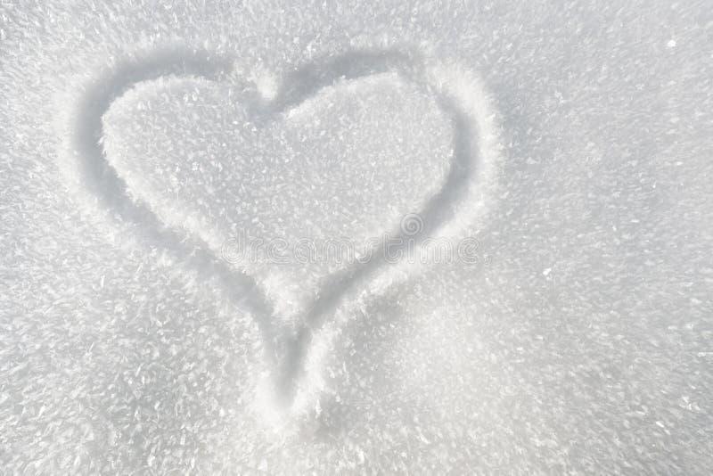 Coeur dans la neige photo libre de droits