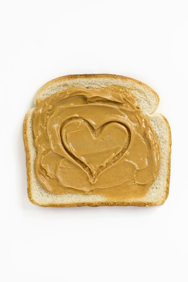 Coeur de beurre d'arachide photos stock