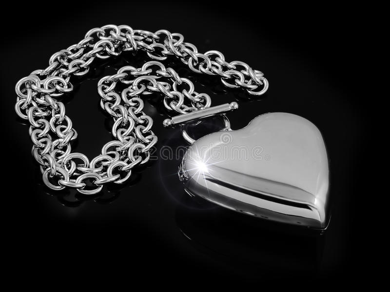 Coeur de collier - acier inoxydable photo libre de droits