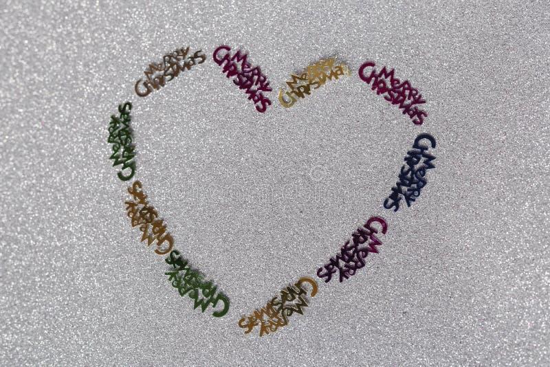 Coeur de décoration de Noël fait par une fille de 10 ans photo stock
