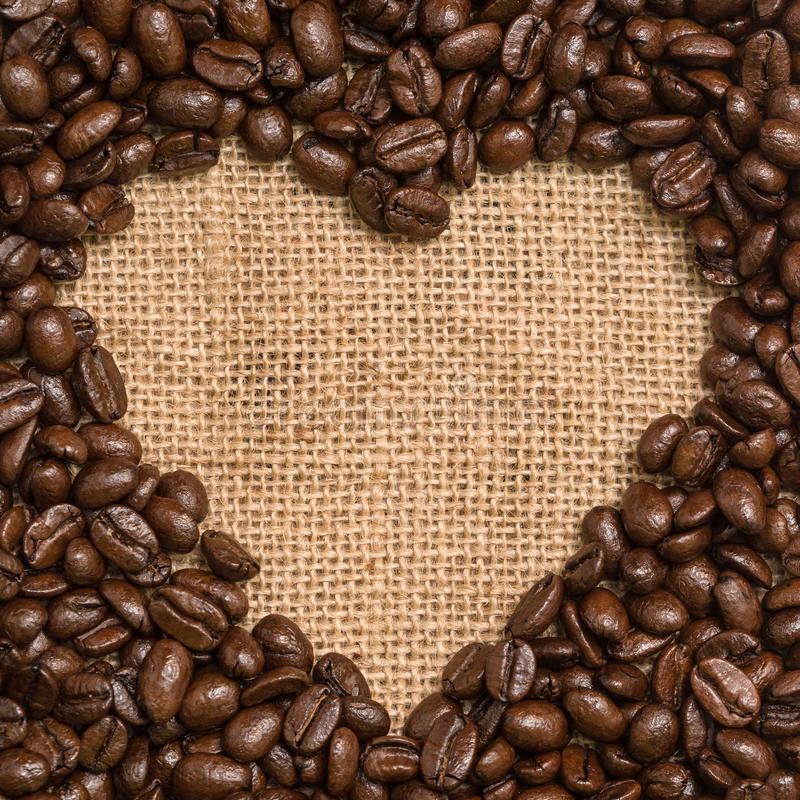 Coeur de grains de café photographie stock