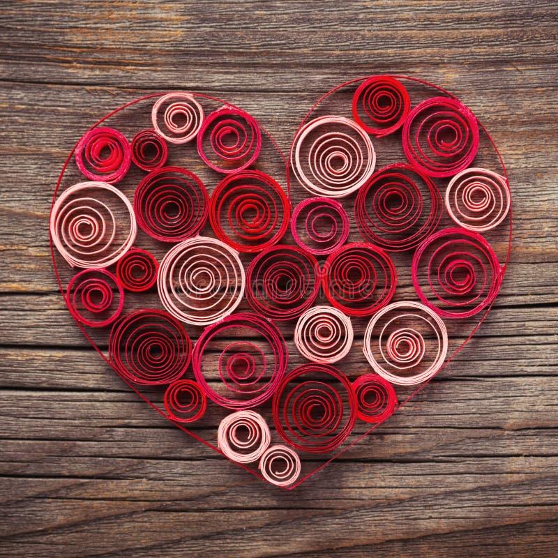 Coeur de papier quilling pour la saint valentin illustration stock illustration du salutation - Coeur pour la saint valentin ...