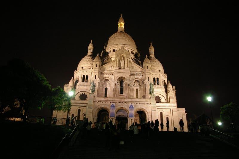 Coeur de Sacre à Paris la nuit photos stock